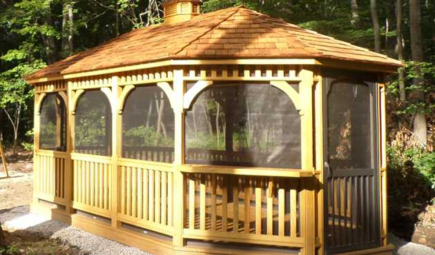 Mansfield Oval Gazebo - The Mansfield Oval Gazebo fits perfectly in narrow areas while still retaining the more rounded appearance of traditional gazebos.