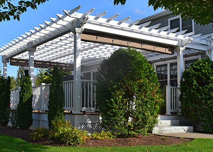 20 x 30 custom pergola in Uxbridge, MA