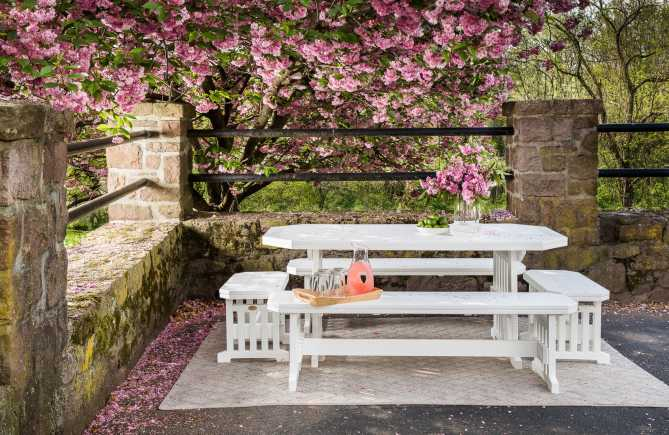 Gala poly outdoor dining table